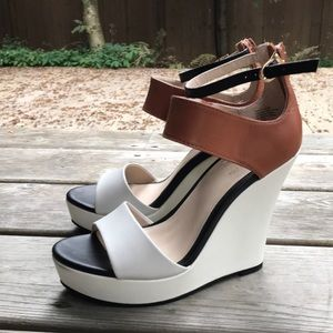 Colour block platform heels